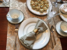 I decided not to stress over gold napkin rings and silver forks - and TBH: my guests didn't even notice!
